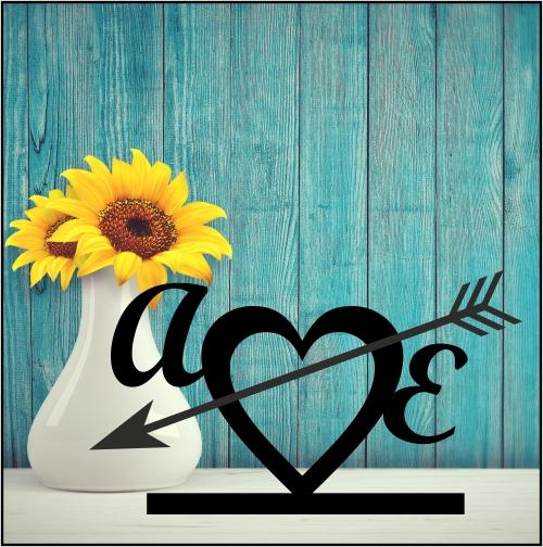 Corazón 1 (corazón con inciales fuera más flecha)