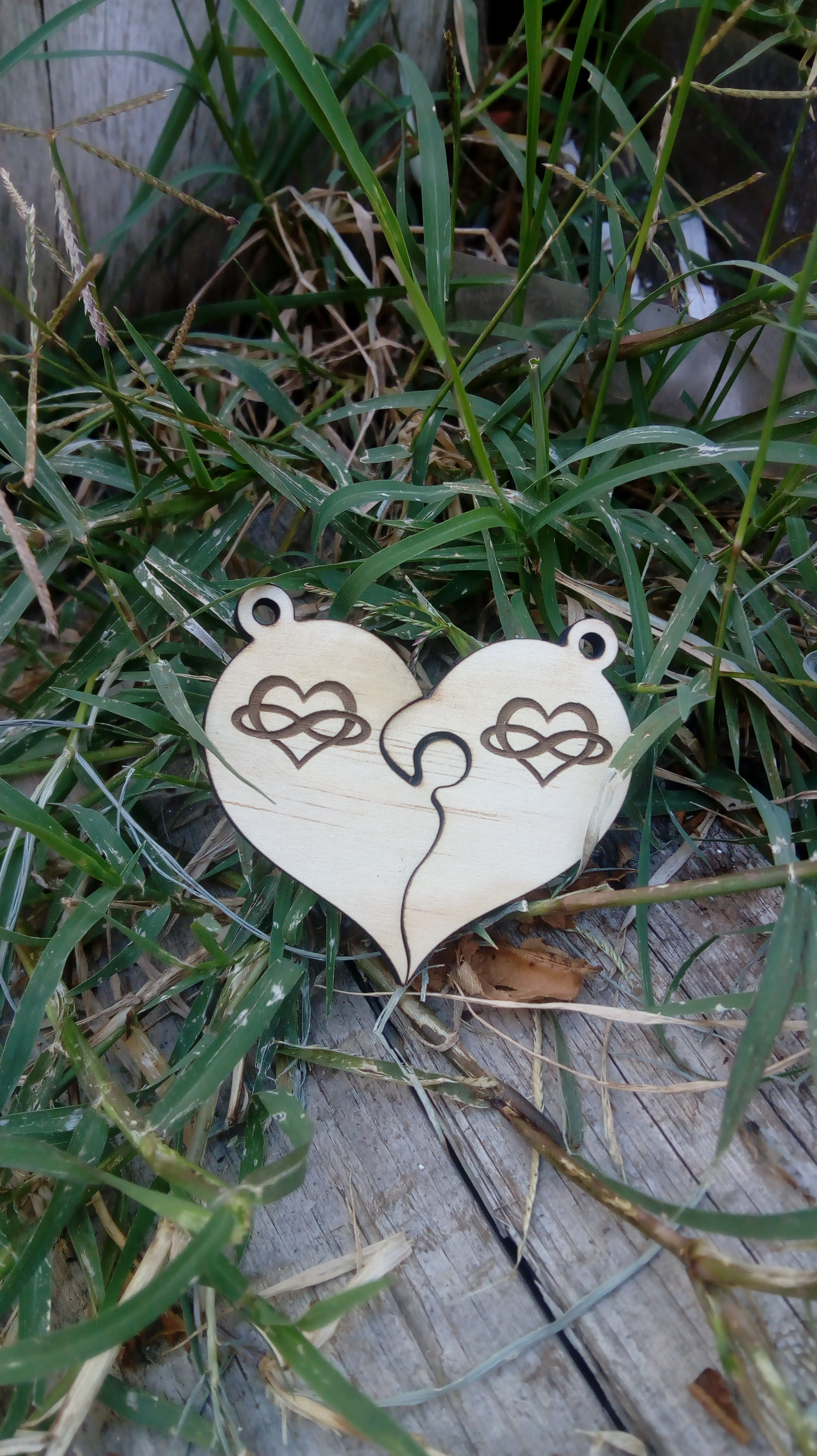 Llavero corazón partido amor infinito