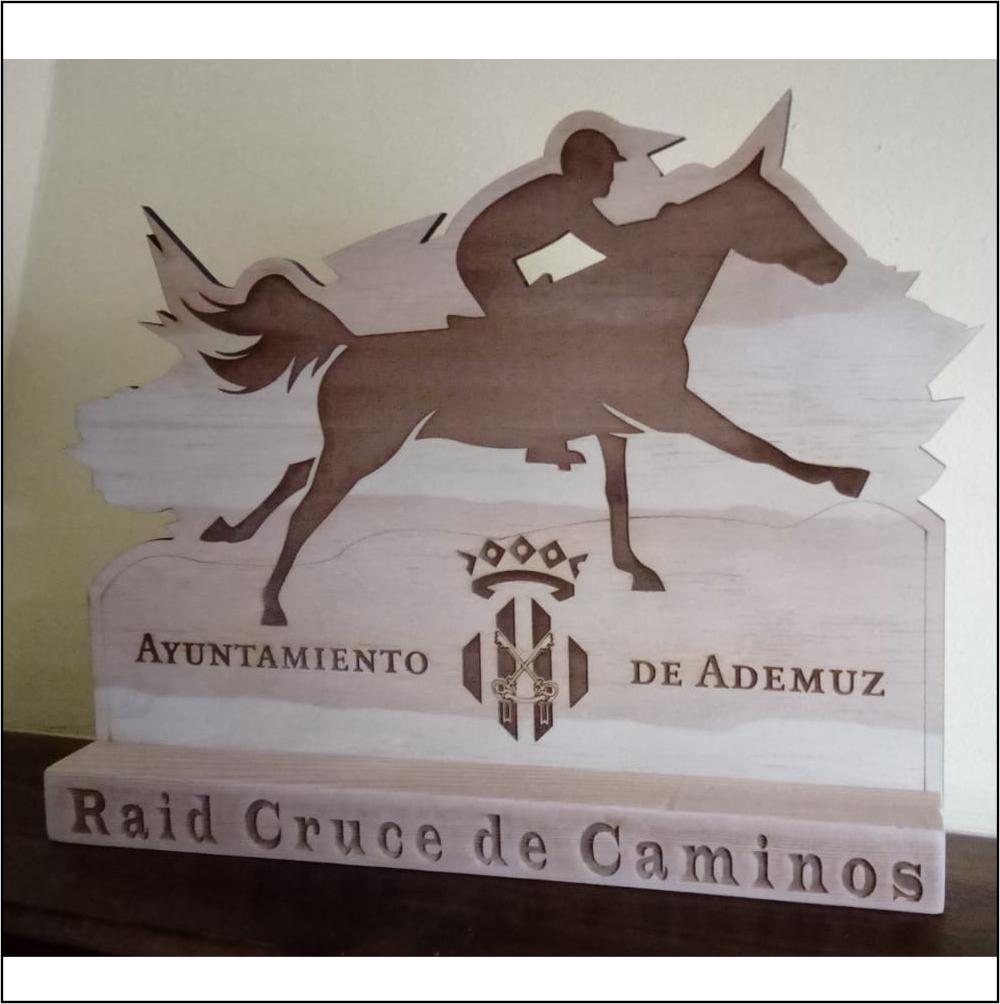 Trofeo caballo 35 cm