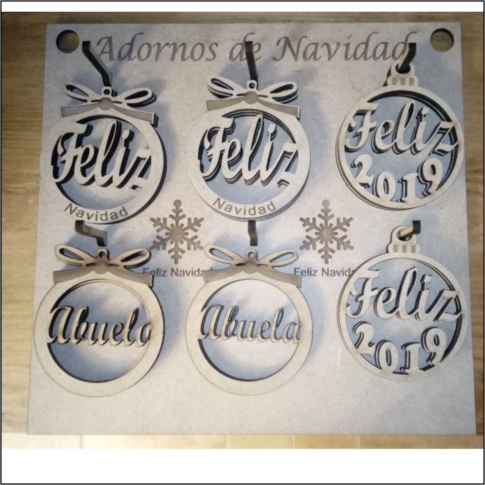 Aros y bolas de Navidad personalizables
